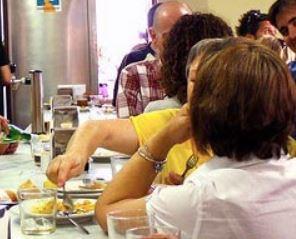 Auch in spanischen Bars verweigert sich die Jugend dem Wein