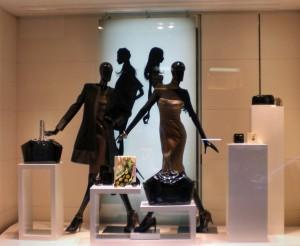 Wein unterliegt der Mode wie trendige Kleider im Schaufenster
