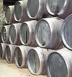 Sherry-Essig Produktion im Criadera-Solera-System